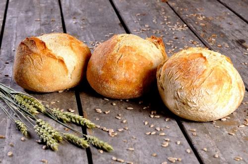 Oer Desem broodje wit groot