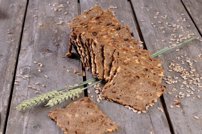 Noten Rozijnen Roggebrood